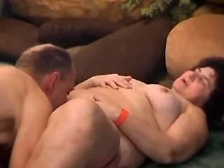 Huge old slut sucks cock and licked by crazy man