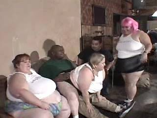 Numerous obese women have fun in crazy groupsex