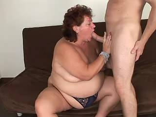 Flabby mature with juicy pussy sucking cock of guy