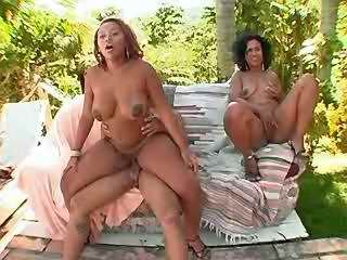 Chubby black girls fucked by horny guy in nature