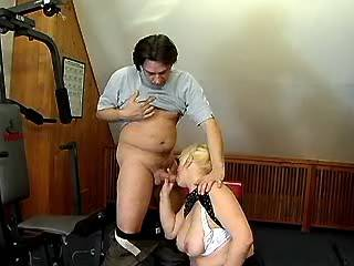 Plump blonde mature sucks strong cock and fucks