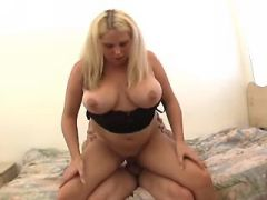 Blonde chubby girl gets real fuck and cum on face