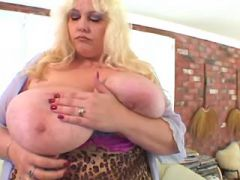 Fat lady gets real fuck and cum on massive melons